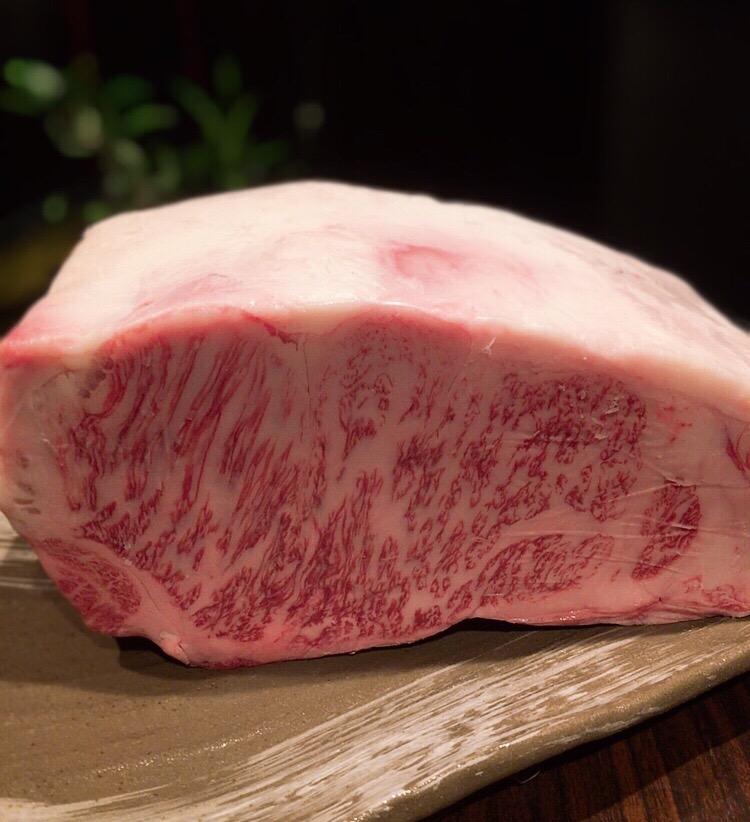 横浜の鉄板焼きで黒毛和牛